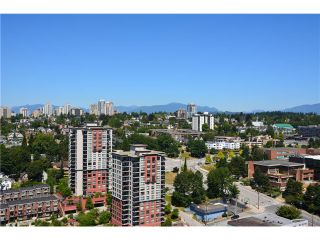 """Photo 5: 3205 898 CARNARVON Street in New Westminster: Downtown NW Condo for sale in """"AZURE 1 @ PLAZA 88"""" : MLS®# V1078443"""