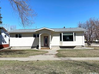 Photo 1: 522 B Avenue East in Wynyard: Residential for sale : MLS®# SK851322
