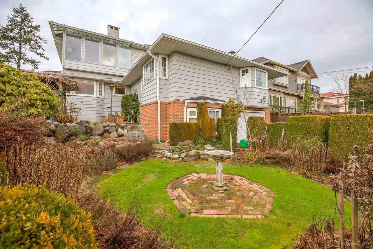Main Photo: 950 W 57TH Avenue in Vancouver: South Cambie House for sale (Vancouver West)  : MLS®# R2233368