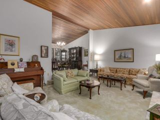 """Photo 13: 5593 NANCY GREENE Way in North Vancouver: Grouse Woods House for sale in """"Grouse Woods"""" : MLS®# R2120091"""