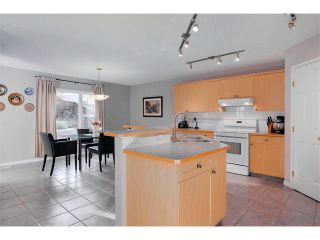 Photo 6: 27 VALLEY STREAM Manor NW in Calgary: Valley Ridge House for sale