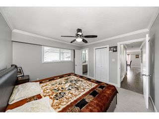 """Photo 15: 18463 56 Avenue in Surrey: Cloverdale BC House for sale in """"CLOVERDALE"""" (Cloverdale)  : MLS®# R2531383"""