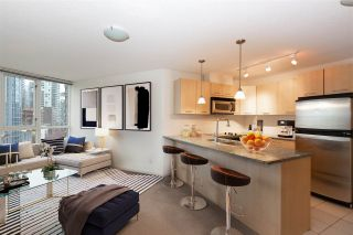 "Photo 13: 706 1199 SEYMOUR Street in Vancouver: Downtown VW Condo for sale in ""BRAVA"" (Vancouver West)  : MLS®# R2531853"
