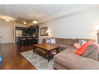 Photo 2: 106 3915 Carey Rd in VICTORIA: SW Tillicum Condo for sale (Saanich West)  : MLS®# 728497