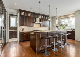 Photo 4: 2615 12 Avenue NW in Calgary: St Andrews Heights Detached for sale : MLS®# A1131136