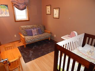 Photo 9: 59 Olford Crescent in Winnipeg: House for sale : MLS®# 1811407