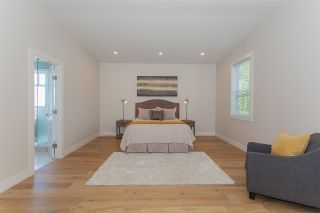 "Photo 11: 12281 GARDINER Street in Surrey: Crescent Bch Ocean Pk. House for sale in ""Crescent Beach"" (South Surrey White Rock)  : MLS®# R2201897"