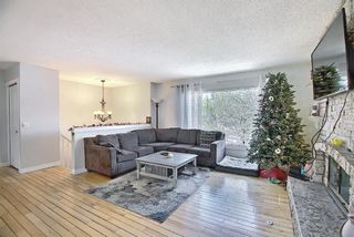 Photo 5: 687 Brookpark Drive SW in Calgary: Braeside Detached for sale : MLS®# A1093005