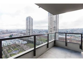 Photo 10: : Burnaby Condo for rent : MLS®# AR103