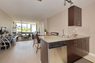 """Photo 4: 707 651 NOOTKA Way in Port Moody: Port Moody Centre Condo for sale in """"SAHALEE"""" : MLS®# R2361626"""