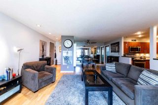 """Photo 5: 2201 33 CHESTERFIELD Place in North Vancouver: Lower Lonsdale Condo for sale in """"Harbourview Park"""" : MLS®# R2549622"""