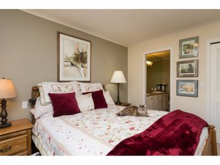 """Photo 14: 26 17516 4TH Avenue in Surrey: Pacific Douglas Townhouse for sale in """"Douglas Point"""" (South Surrey White Rock)  : MLS®# R2129004"""