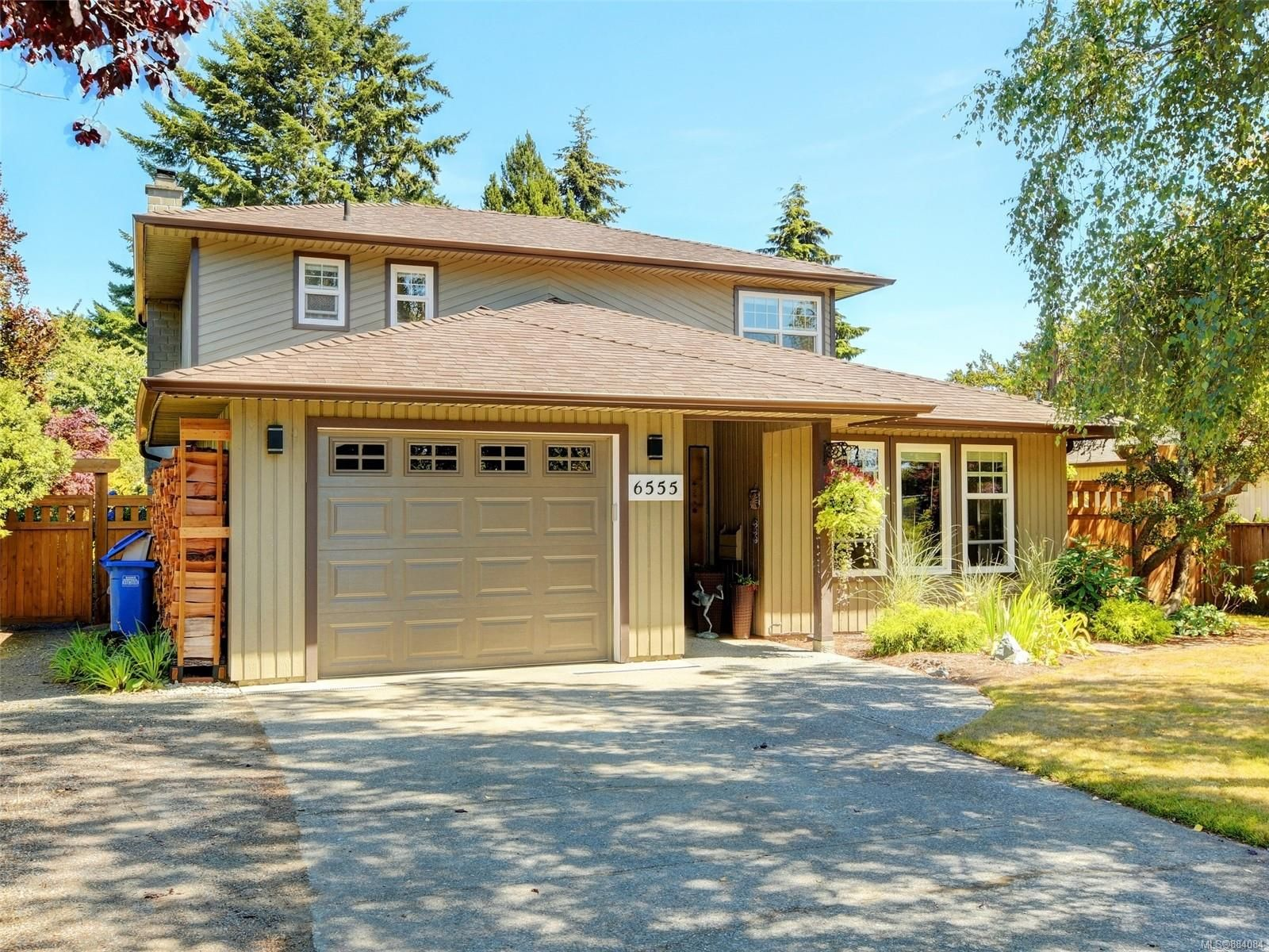 Main Photo: 6555 Country Rd in : Sk Sooke Vill Core House for sale (Sooke)  : MLS®# 884084