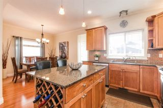 Photo 4: 22180 SHARPE Avenue in Richmond: Hamilton RI House for sale : MLS®# R2373512