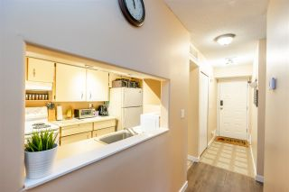 Photo 2: 1422 34909 OLD YALE Road: Condo for sale in Abbotsford: MLS®# R2532271