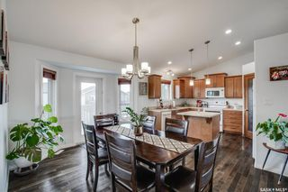 Photo 4: 607 1st Avenue North in Warman: Residential for sale : MLS®# SK858706