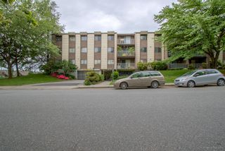 """Photo 2: 220 3921 CARRIGAN Court in Burnaby: Government Road Condo for sale in """"LOUGHEED ESTATES"""" (Burnaby North)  : MLS®# R2173990"""