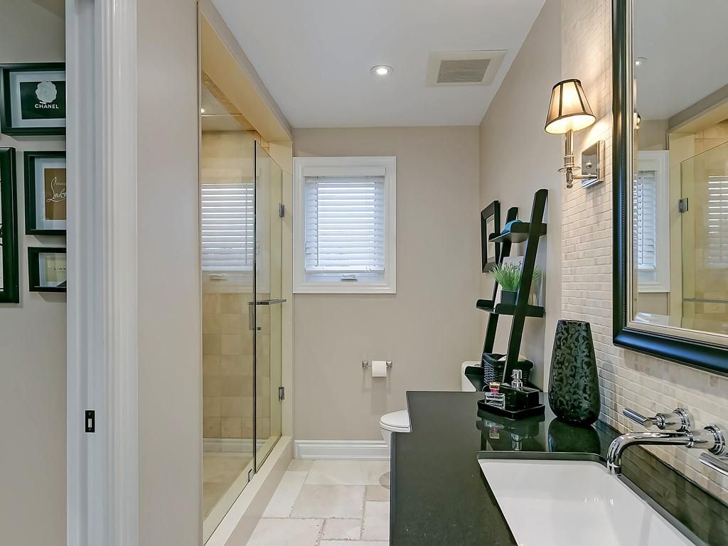 Photo 17: Photos: 2140 SIXTH Line in Oakville: Residential for sale : MLS®# H4068509