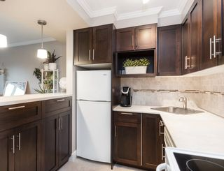 "Photo 10: 308 2025 W 2ND Avenue in Vancouver: Kitsilano Condo for sale in ""SEABREEZE"" (Vancouver West)  : MLS®# R2533460"