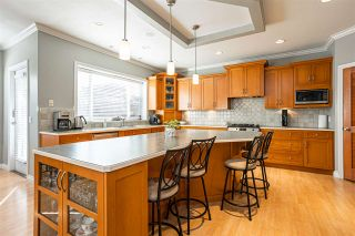 """Photo 10: 21060 86A Avenue in Langley: Walnut Grove House for sale in """"Manor Park"""" : MLS®# R2505740"""