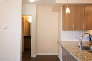 """Photo 10: 301 5211 GRIMMER Street in Burnaby: Metrotown Condo for sale in """"OAKTERRA"""" (Burnaby South)  : MLS®# R2364778"""