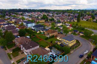 Photo 33: 13524 87B Avenue in Surrey: Queen Mary Park Surrey House for sale : MLS®# R2466390