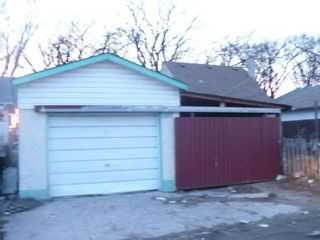 Photo 20: 1263 DOMINION ST in Winnipeg: Residential for sale (Canada)  : MLS®# 1005075