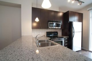"""Photo 4: 138 18777 68A Avenue in Surrey: Clayton Townhouse for sale in """"COMPASS"""" (Cloverdale)  : MLS®# R2419589"""