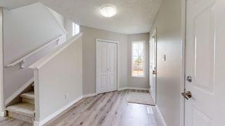 Photo 11: 2117 37A Avenue in Edmonton: Zone 30 House for sale : MLS®# E4247532