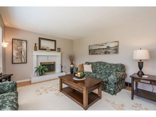 """Photo 5: 82 CLOVERMEADOW Crescent in Langley: Salmon River House for sale in """"Salmon River"""" : MLS®# R2485764"""