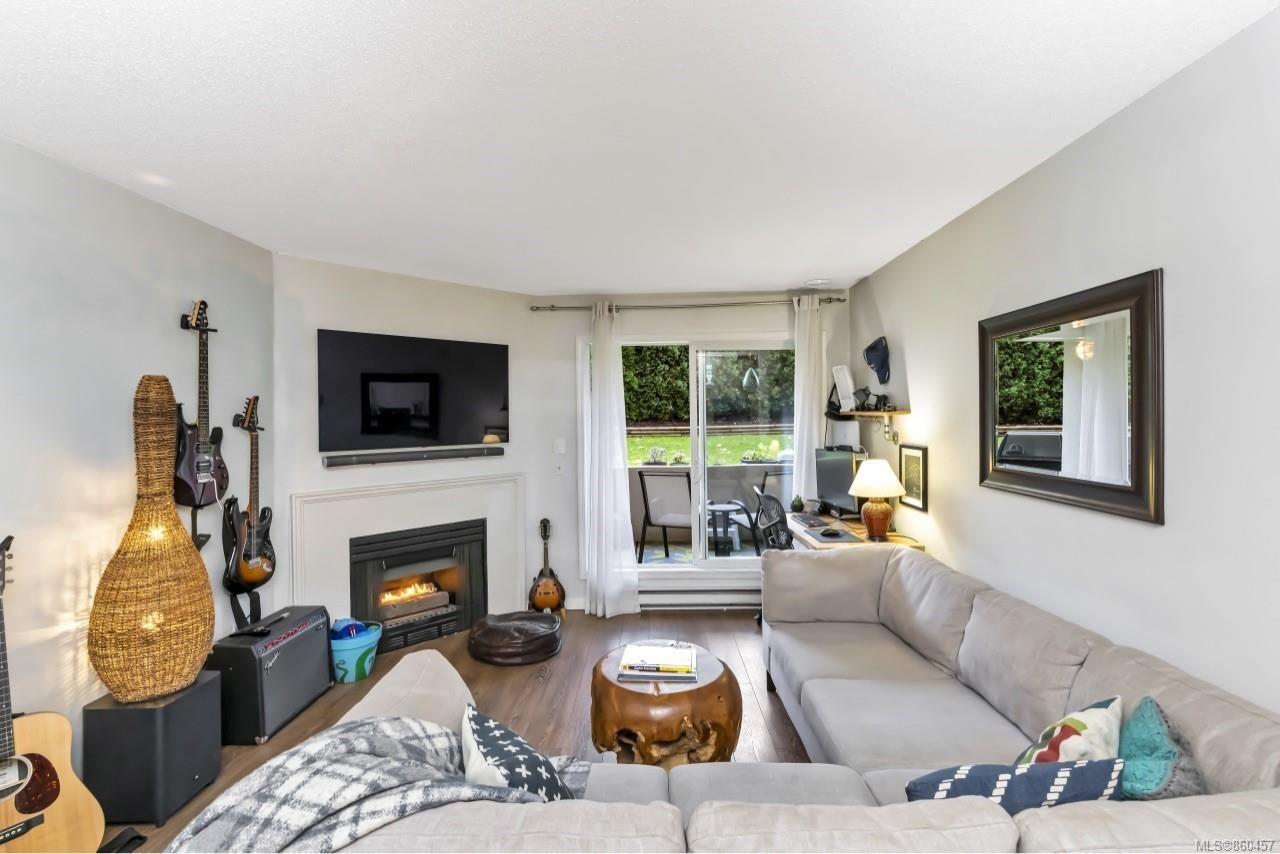 Photo 6: Photos: 105 2529 Wark St in : Vi Hillside Condo for sale (Victoria)  : MLS®# 860457