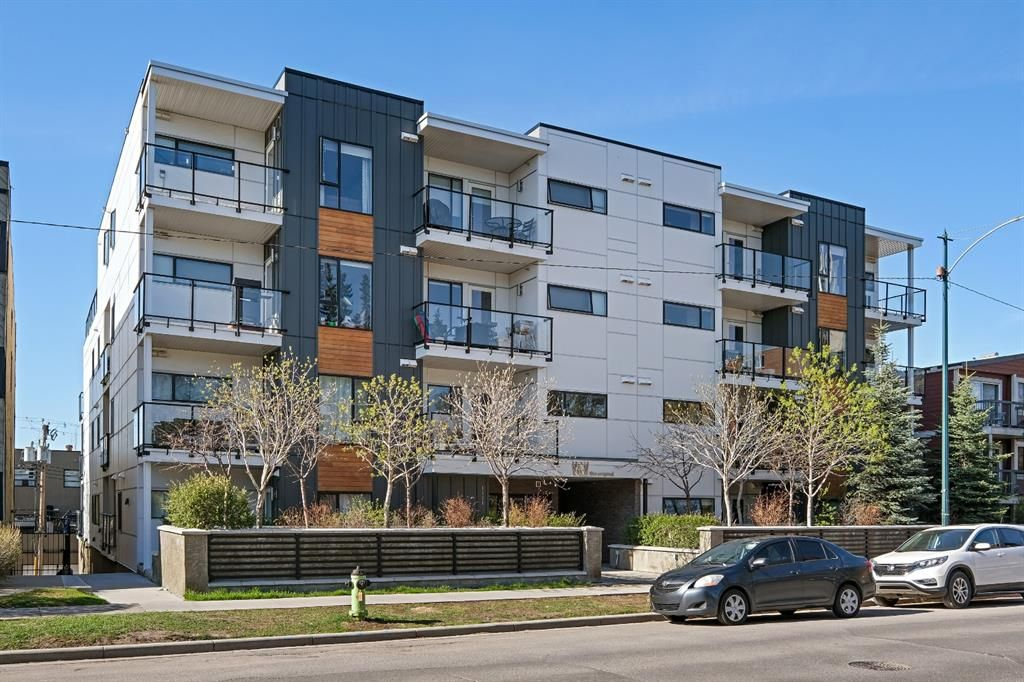 Main Photo: 109 1521 26 Avenue SW in Calgary: South Calgary Apartment for sale : MLS®# A1108578
