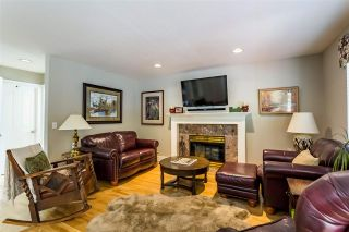 "Photo 3: 9673 205A Street in Langley: Walnut Grove House for sale in ""Derby Hills"" : MLS®# R2478645"