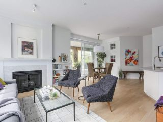 """Photo 2: 302 5605 HAMPTON Place in Vancouver: University VW Condo for sale in """"The Pemberley"""" (Vancouver West)  : MLS®# R2263786"""