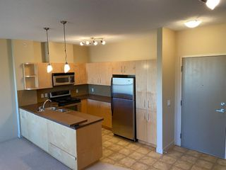 Photo 5: 309 69 Springborough Court SW in Calgary: Springbank Hill Apartment for sale : MLS®# A1139050