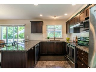 """Photo 7: 42 17097 64 Avenue in Surrey: Cloverdale BC Townhouse for sale in """"Kentucky"""" (Cloverdale)  : MLS®# R2465944"""