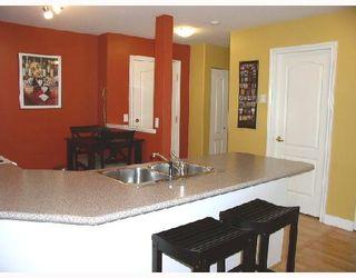 """Photo 12: 206 22230 NORTH Avenue in Maple_Ridge: West Central Condo for sale in """"SOUTHRIDGE TERRACE"""" (Maple Ridge)  : MLS®# V731382"""