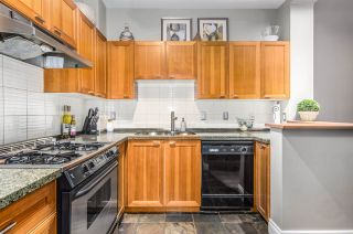 """Photo 13: 2782 VINE Street in Vancouver: Kitsilano Townhouse for sale in """"The Mozaiek"""" (Vancouver West)  : MLS®# R2151077"""