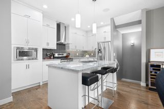 Photo 1: 2 4726 17 Avenue NW in Calgary: Montgomery Row/Townhouse for sale : MLS®# A1116859