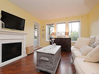 Photo 2: 106 655 Goldstream Ave in VICTORIA: La Fairway Condo for sale (Langford)  : MLS®# 747051