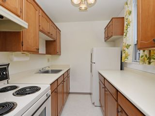 """Photo 10: 904 2165 W 40TH Avenue in Vancouver: Kerrisdale Condo for sale in """"The Veronica"""" (Vancouver West)  : MLS®# R2172373"""