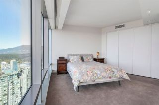 """Photo 11: 5102 1151 W GEORGIA Street in Vancouver: Coal Harbour Condo for sale in """"TRUMP TOWER"""" (Vancouver West)  : MLS®# R2230495"""