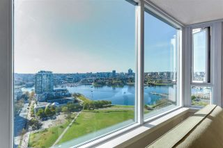 """Photo 4: 2205 388 DRAKE Street in Vancouver: Yaletown Condo for sale in """"GOVERNOR'S TOWNER"""" (Vancouver West)  : MLS®# R2276947"""