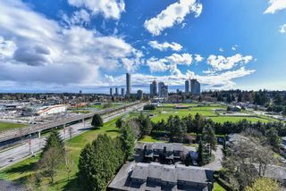 """Photo 19: 2202 10777 UNIVERSITY Drive in Surrey: Whalley Condo for sale in """"CITY POINT"""" (North Surrey)  : MLS®# R2564095"""