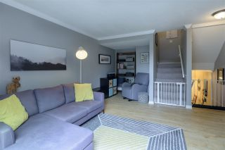 """Photo 4: 287 BALMORAL Place in Port Moody: North Shore Pt Moody Townhouse for sale in """"BALMORAL PLACE"""" : MLS®# R2378595"""