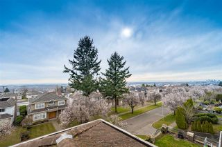 Photo 1: 2283 QUALICUM Drive in Vancouver: Fraserview VE House for sale (Vancouver East)  : MLS®# R2555878
