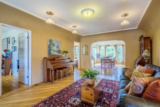 Photo 4: MISSION HILLS House for sale : 3 bedrooms : 3622 Dove Ct in San Diego