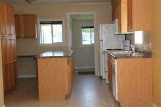 Photo 4: 4909 51 Street: Elk Point House for sale : MLS®# E4203482