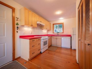 """Photo 24: 13702 CAMP BURLEY Road in Garden Bay: Pender Harbour Egmont House for sale in """"Mixal Lake"""" (Sunshine Coast)  : MLS®# R2485235"""
