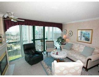 """Photo 3: 1303 1199 EASTWOOD Street in Coquitlam: North Coquitlam Condo for sale in """"THE SELKIRK"""" : MLS®# V640292"""